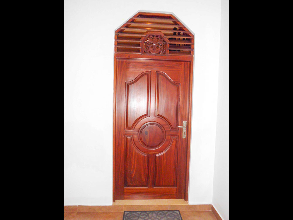 Dedunu wood works wooden doors wooden doors sri lanka for Front door designs in sri lanka